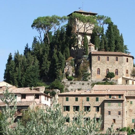 MONTE CETONA foto 4 la Rocca Medievale a Cortona __